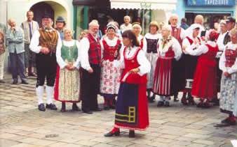 Die Rada Folksdansgille aus Schweden zu Besuch in Kindberg
